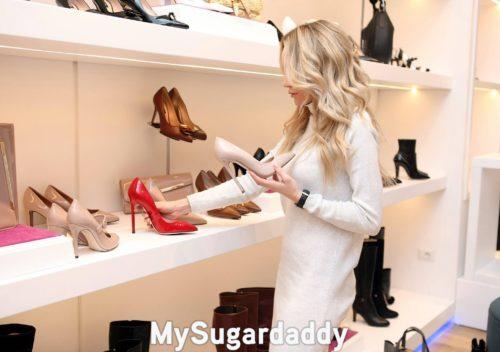 dépenses des jeunes femmes en chaussures
